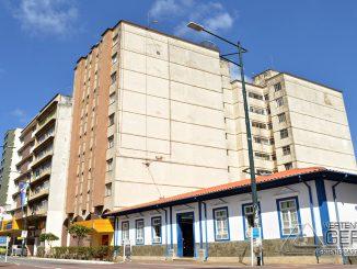Rua XV de Novembro, centro de Barbacena.