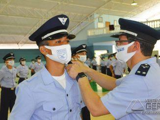 cerimonia-de-entrega-de-platina-aos-alunos-do-cpcar-em-barbacena-04