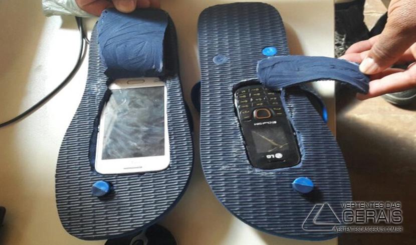 chinelo-com-celular-e-apreendido