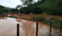 chuva-causa-destruição-em-correia-de-almeida-mg-01
