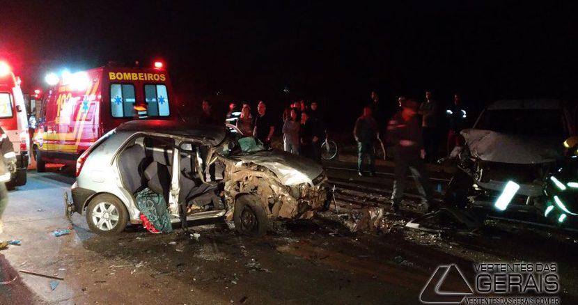 colisão-entre-três-veículos-na-040-01