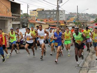 corrida-inicio-zinha-mazzoni-foto-diego-cobucci-jornal-expresso-de-barbacena