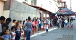 CRIANÇAS PARTICIPAM DE FESTA ORGANIZADA POR MORADORES NO CAIÇARAS