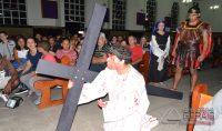 encenação-da-paixao-morte-eressureição-de-cristo-na-igreja-da-penha-em-barbacena-11