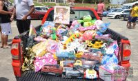 equipe-automotiva-realiza-doacoes-de-brinquedos-01