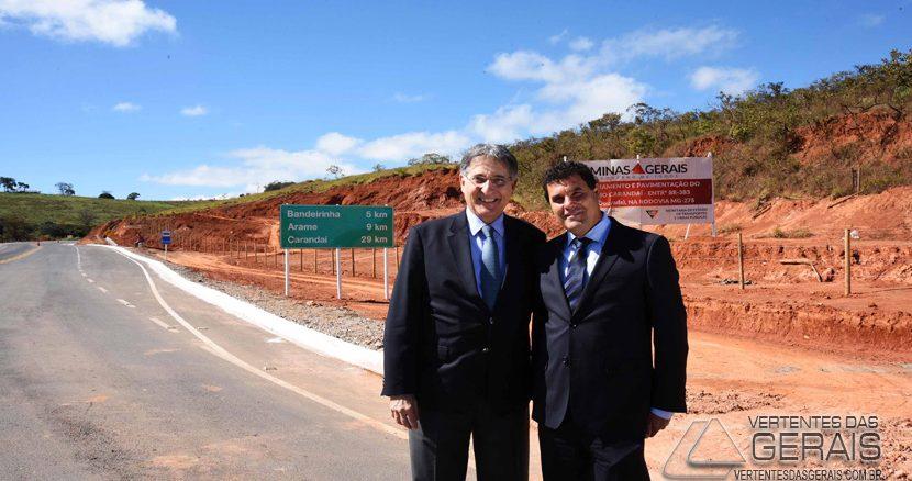 governo-de-minas-entrega-obras-demelhorias-de-estrada-01