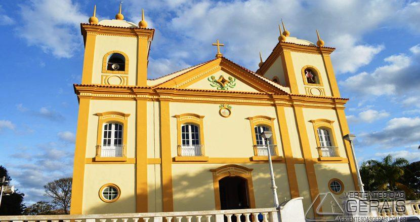 igreja-matriz-de-santo-antônio-em-ibertioga-mg-vertentes-das-gerais-foto-januário-basílio