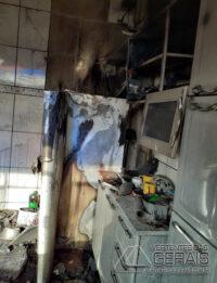 incêndio-atinge-residencia-em-lafaiete-02