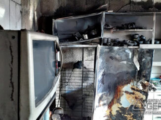 incêndio-atinge-residencia-em-lafaiete-05