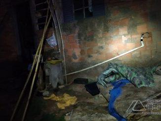 incêndio-atinge-residencia-no-bairro-água-santa-em-barbacena-03