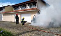 incêndio-atinge-veículo-em-barbacena-mg-01