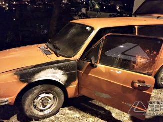 incêndio-atinge-veículo-no-bairro-diniz-em-barbacena-mg-05