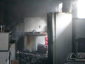 incêndio-em-cozinha-de-residencia-em-são-joão-del-rei-01