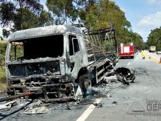 incêndio-em-veículo-04pg