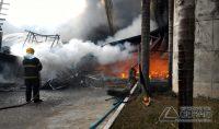 incendio-na-fabrica-da-marluvas-em-dores-de-campos-mg-02