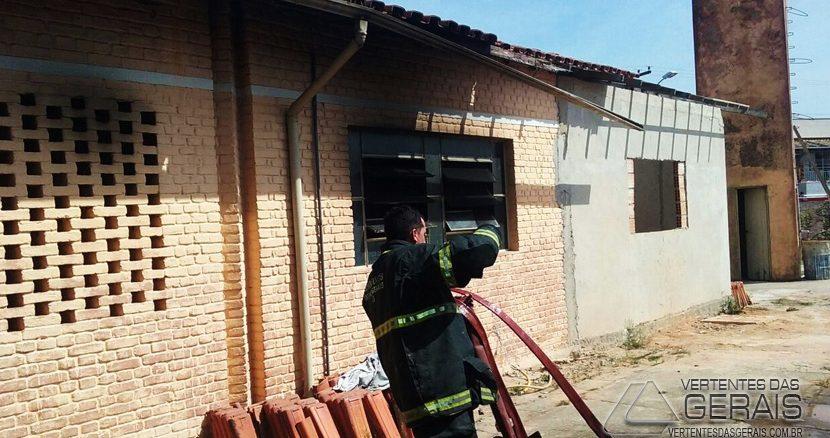 incendio-no-bairro-vilela-02