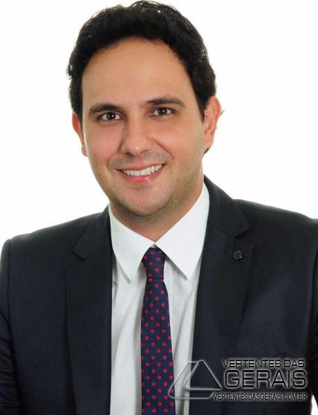 jornalista-e-publicitario-thiago-faria-barbacena-mg