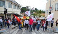 manifestação-em-barbacena-contra-cortes-de-verbas-na-educação-foto-januário-basílio-08