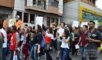 manifestação-em-barbacena-contra-cortes-de-verbas-na-educação-foto-januário-basílio-09
