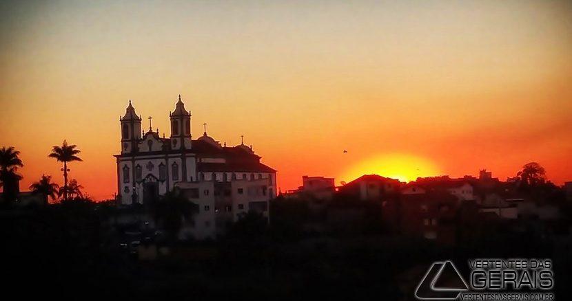 pôr-do-sol-em-barbacena