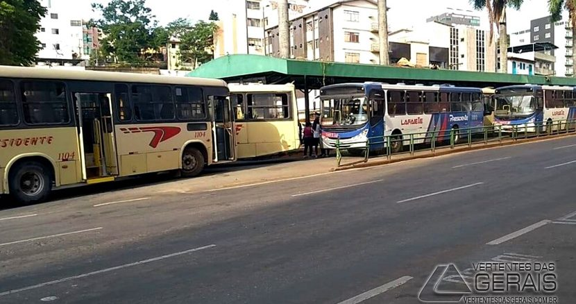 paralisao-do-transporte-coletivo-em-lafaiete-01