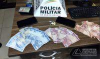 pm-prende-dupla-comercializando-drogas-no-centro-de-barbacena