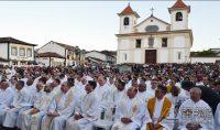 posse-do-novo-arcebispo-de-mariana-foto-04