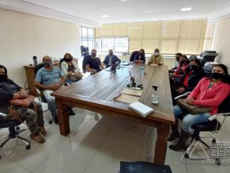 reunião-no-centro-educacional-aprendiz-barbacena