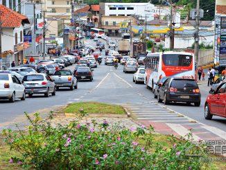 rua-benjamin-constant-em-barbacena-foto-januário-basílio