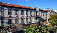 santa-casa-de-barbacena-na-campanha-outubro-rosa-em-2014-foto-januário-basílio-vertentes-das-gerais
