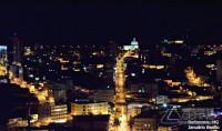 visão-noturna-de-barbacena-com-avenida-pereira-teixeira-vertentes-das-gerais-januario-basilio