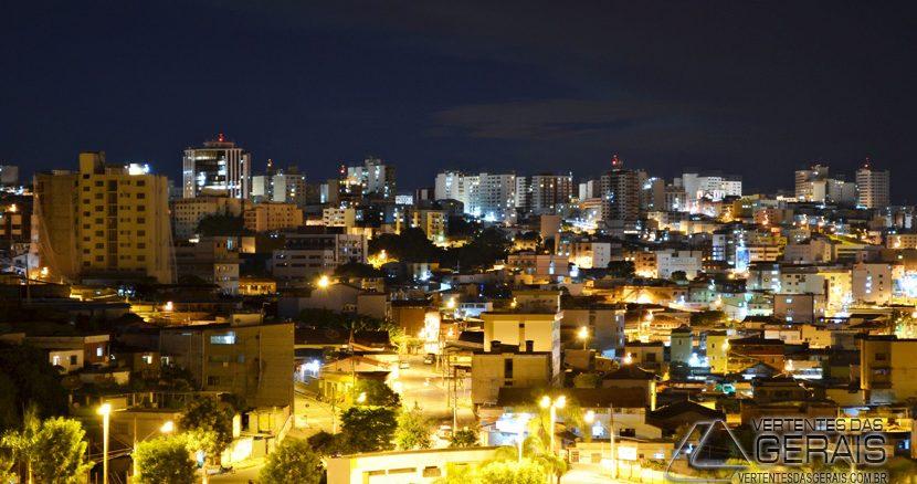 Visão noturna de Barbacena