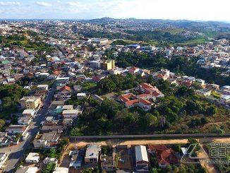 vista-aérea-do-bairro-Santo-Antônio-em-Barbacena-foto-José-Alves-Filho